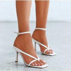 Sexy High Heels, High Heel Pumps, Pump Shoes, Women's Pumps, Black Heels, Stiletto Heels, Shoes Heels, New Look Heels, Flipflops