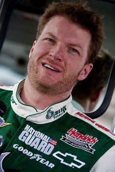 Dale Earnhardt Jr in 2009 at Daytona