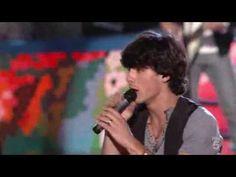 Jonas Brothers - World War III - Live at the Teen Choice Awards 2009 (TC...