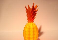 Lampe Ananas - ORBITALE. www.imprimerieorbitale.fr Découvrez l'impression 3D, autrement.