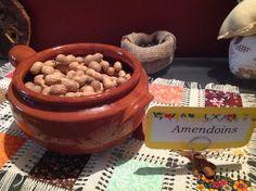 Amendoins na casca.