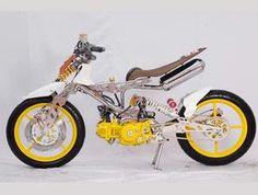 Moto Bike, Motorcycle, Tricycle, Cubs, Yamaha, Honda, Scooters, Vehicles, Garage