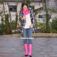Look de trabalho - look do dia - look corporativo - moda no trabalho - work outfit - office outfit - winter outfit - fall outfit - frio - look de inverno - inverno - galocha pink - hot pink - casaco de lã - coat - boots