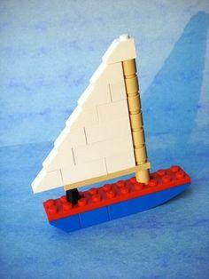 Build this boat! New Uses for Old LEGO Bricks (bad link) Lego Duplo, Minifigures Lego, Lego Minecraft, Minecraft Skins, Minecraft Buildings, Lego Disney, Lego Hacks, Lego Therapy, Lego Boat