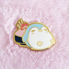 is creating Enamel Pins and Accessories Kawaii Jewelry, Kawaii Accessories, Net Shopping, Backpack Decoration, Mothman, Acrylic Charms, Cool Pins, Cute Chibi, Pin And Patches