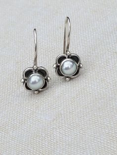 Great gift for a girl or a young lady Delicate Dainty Latch Hook Very Beautiful Flowers, Flower Blossom, Pearl Flower, Silver Pearls, Belly Button Rings, Silver Earrings, Great Gifts, Cufflinks, Delicate