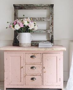 """Simply Vintage White (@simplyvintagewhite) on Instagram: """" : @mysimplehome #chippy #rusticdecor"""""""