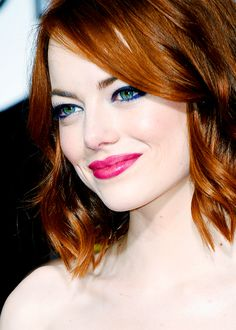 The stunning transformation of Emma Stone - Celebrities Female Emma Watson Wallpaper, Hollywood Actress Photos, Hollywood Glamour, Actress Emma Stone, My Emma, Ginger Girls, Alicia Vikander, Amanda Seyfried, American Actress