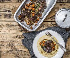 Pomalu pečený hovězí krk scelerovým pyré   Recepty Albert Food And Drink, Beef, Meat, Steak