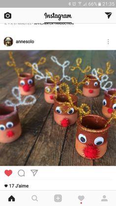 DIY christmas tree of reindeer christmas yogurt pot - bricolage - noel Christmas Crafts For Gifts, Diy Christmas Tree, Craft Gifts, Christmas Holidays, Christmas Decorations, Xmas, Christmas Ornaments, Reindeer Christmas, Diy For Kids