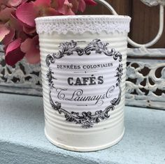 3 French Country Painted Lace Lacy Tin Cans Centerpieces Vases White Shabby Chic Typography Labels Home Dorm Wedding Office Decor Decoration Tin Can Crafts, Save On Crafts, Shabby Chic Beach, Shabby Chic Homes, Tin Can Centerpieces, Painted Tin Cans, French Typography, Recycled Tin Cans, Lace Painting