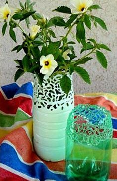 40 Fab Art DIY Ideas and Projects to Recycle Plastic Bottles Into Something Reuse Plastic Bottles, Plastic Bottle Flowers, Plastic Bottle Crafts, Recycled Bottles, Plastic Vase, Home Crafts, Crafts To Make, Easy Crafts, Easy Diy