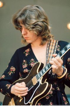 "Mick Taylor, arguably the best lead guitarist for The Rolling Stones, played the long jam on ""Can You Hear Me Knockin"". Rock Roll, Rock And Roll Bands, The Roling Stones, Age Tendre, Los Rolling Stones, Rollin Stones, Stone World, Charlie Watts, Blues Rock"