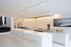 No overhead cupboards