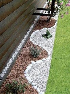 Garden Landscaping Jardín lateral - The best landscape design for you is one that fits with your personal home design style. Check out the bet ideas here. Gravel Landscaping, Landscaping With Rocks, Front Yard Landscaping, Landscaping Ideas, Backyard Ideas, Inexpensive Landscaping, Backyard Designs, Florida Landscaping, Landscaping Company