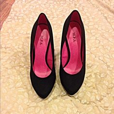 Perfect! Faux suede platform jet black heel! The quintessential must have in your fall wardrobe- the shape is gorgeous - elongates the legs! Shoes Heels