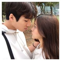 ulzzang couple ❤ liked on Polyvore featuring ulzzang couples
