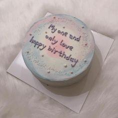 Pretty Birthday Cakes, Pretty Cakes, Cute Cakes, Beautiful Cakes, Dedication Cake, Birthday Cake For Boyfriend, Simple Cake Designs, Korean Cake, Pastel Cakes