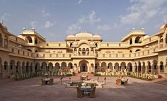 Visit Magnificent Nahargarh Fort with Golden Triangle Tour India