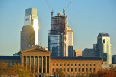 The ongoing construction of the Comcast Innovation and Technology Center will make it the tallest building in Philadelphia and the 8th tallest in the US when completed in 2018, at a total height of 1,121 feet (341 meters). The Comcast Center to its left is presently the largest at 975 feet (297 meters) and the 15th tallest in the nation.