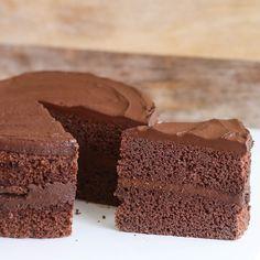 Receita de Bolo Mousse de Chocolate sem Glúten e sem Leite!  MAIS 200 RECEITAS SEM GLÚTEN E SEM LACTOSE VOCÊ ENCONTRA AQUI: http://edzz.la/RZ3VO?a=295262