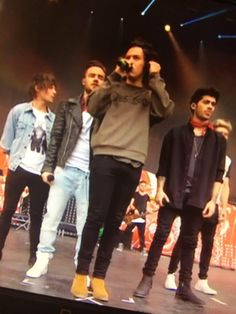 THEIR HAIR AND OUTFITS WERE ON POINT (5.24.14 BBC Radio 1s Big Weekend Glasgow!)