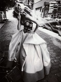September 1992 Photographer : Steven Meisel Model : Meghan Douglas.