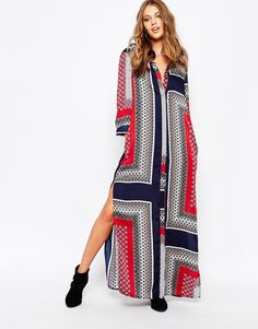 Image 4 of Missguided Border Print Maxi Shirt Dress