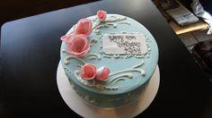 Tiffany blue birthday cake with white scrolling and pink flowers Blue Birthday Cakes, Birthday Cakes For Women, 21st Birthday, Tiffany Blue, Custom Cakes, How To Make Cake, Pink Flowers, Bakery, Desserts