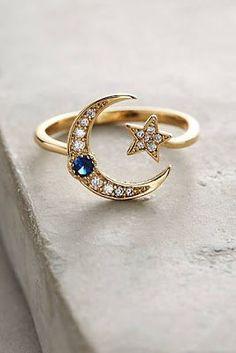 Be bohemian: favorites at the end of the year - Selbstgemachter schmuck - Frauenschmuck Cute Jewelry, Gold Jewelry, Jewelry Rings, Jewelry Box, Jewelry Accessories, Fashion Accessories, Fashion Jewelry, Jewelry Design, Women Jewelry