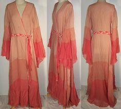 1920s boudoir robe