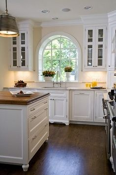 Wilmette Residence - traditional - kitchen - chicago - Orren Pickell Building Group