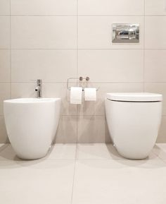 30 Quick and Easy Bathroom Decorating Ideas Amazing Bathrooms, Bathtub, Toilets, Canning, Elegant, House Styles, Don't Forget, Shots, Instagram Images