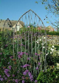 Willow Trellises: Gardenista