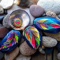 #paintedstones #rocks #stones #seatreasures #seapeabbles #feathers #seashells #colors #myart #art #colors #mandala #natureart