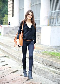 how to wear straight leg jeans with ankle boots