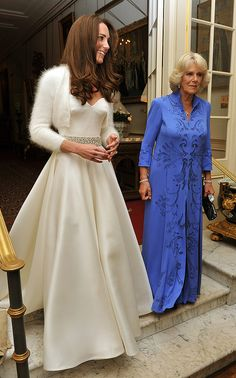 Kate Middleton Wedding Dress Look Alike . 25 Kate Middleton Wedding Dress Look Alike . Kate Middleton S Best evening Dresses Over the Years From Wedding Dress Cost, Second Wedding Dresses, Wedding Dress Gallery, Celebrity Wedding Dresses, Celebrity Weddings, Celebrity News, Princess Diana Wedding Dress, Kate Wedding Dress, Celebrity Couples