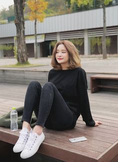 New hair short korean ulzzang fashion models Ideas Korean Fashion Trends, Asian Fashion, Look Fashion, Trendy Fashion, Fashion Models, Fashion Tips, Korea Fashion, Trendy Style, Fashion Black