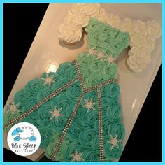 Frozen - Elsa's Dress Cupcake Cake – Blue Sheep Bake Shop