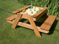 Plum+Sand+and+Picnic+Table