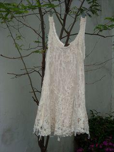 vestido de gasa y fieltro Celia Mikkelsen www.artefietros.com