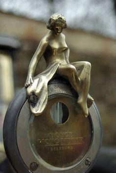 Mascotte De Dion-Bouton : Bouchon de radiateur : les plus belles mascottes automobiles - Linternaute
