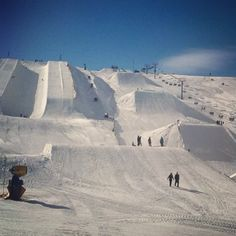 Geed up from the feet up! #hurrythefuckupwinter #snowparknz