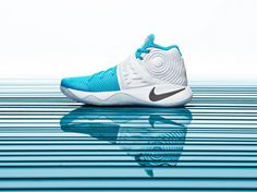 Nike Basketball releases limited-edition Christmas kicks for Kobe Bryant, Kevin Durant, Kyrie Irving and LeBron James. Nike Basketball, Basketball Sneakers, New Sneakers, Air Max Sneakers, Sneakers Nike, Nike Kyrie, Nike Lebron, Kevin Durant, Kobe Bryant
