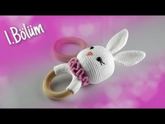 Amigurumi Rabbit Rattle Making - head making - Emma Home Kit Bebe, Diy Crafts To Do, Presents For Girls, Baby Rattle, Homemade Gifts, Baby Toys, Rabbit, Crochet Patterns, Hello Kitty
