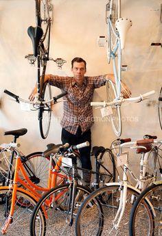 USA, California, Oakland, Sam Cunningham at Manifesto Bicycles, Manifesto Bikes…