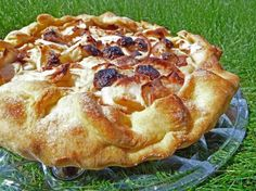 Most Incredible No Fail Pie Crust 3 cups flour 1 cup shortening 1/2 teaspoon salt 1 large egg, beaten 5 tablespoons cold water 1 teaspoon vinegar  Read comments for additional suggestions
