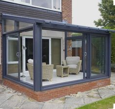 20 Peaceful Sunroom and Conservatory Design Ideas There is nothing more pleasant than sitting outsid Extension Veranda, House Extension Design, House Design, Extension Ideas, Conservatory Extension, Loft Design, Design Design, Lean To Conservatory, Conservatory Design