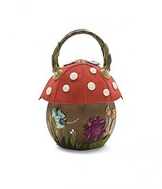 A lovely purse for a fairy so fair.                                                                                                                                          Braccialini bag