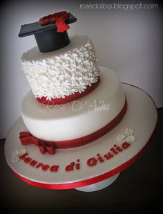 ROSE D' ALBA cake designer: Graduation cakes: Ingegneria edile e architettura Cake Disney, Congratulations Cake, Hat Cake, Cake & Co, Party Decoration, Party Pictures, Cakes And More, Designer, Cake Decorating